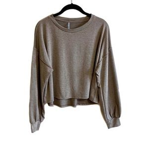 Jolie Los Angeles taupe balloon sleeve cropped top